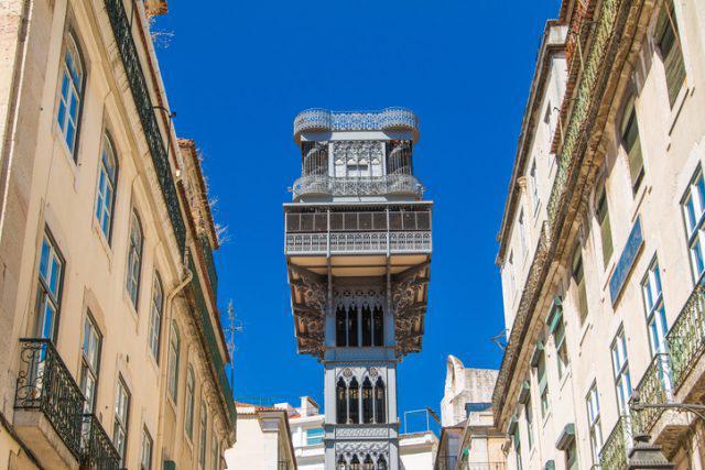 Санта-Жушта – необычный лифт ученика Эйфеля в центре Лиссабона