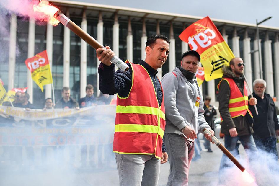 Во Франции продолжатся забастовки на транспорте