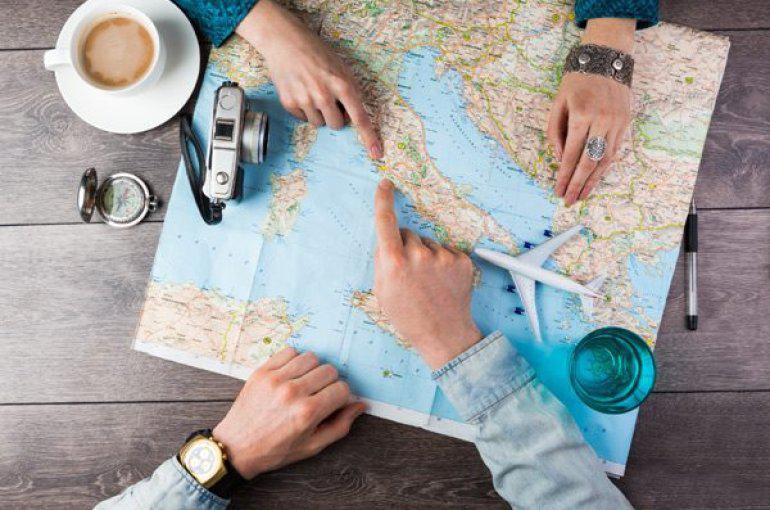 Как сэкономить в поездках за рубеж?