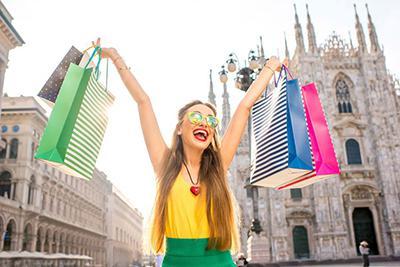 Традиционные летние распродажи в Италии стартуют 7 июля