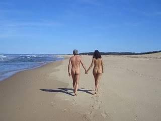 Где в Крыму похвастаться голым телом