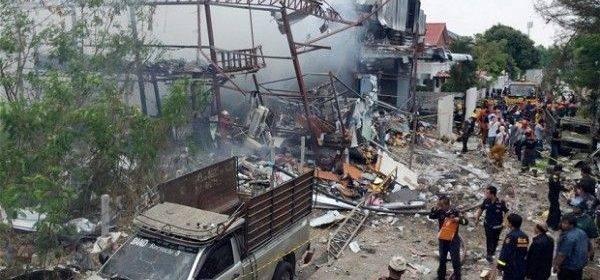 По Таиланду прокатилась серия терактов: один человек погиб, 24 ранены