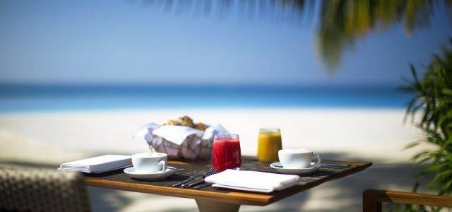 Новое коктейльное меню в Velassaru Maldives