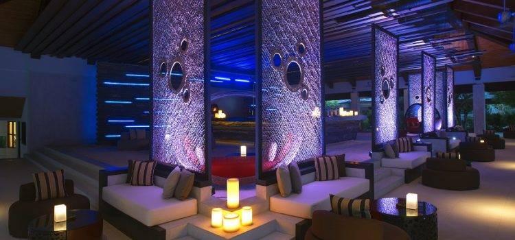 Супер вечеринки в отеле Velassaru Maldives