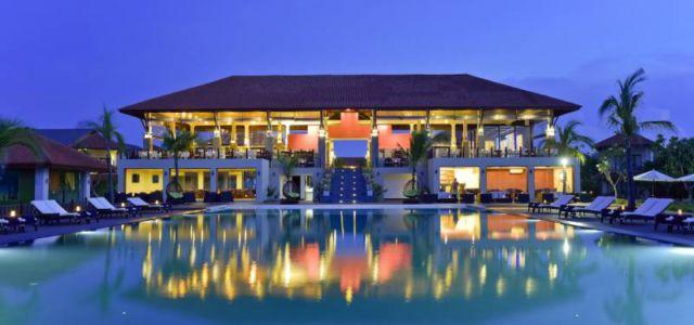 Sun Aqua Pasikudah, Sri Lanka выиграл награду TripAdvisor Travelers' Choice Award 2017 и Booking.com Guest Review Awards 2016