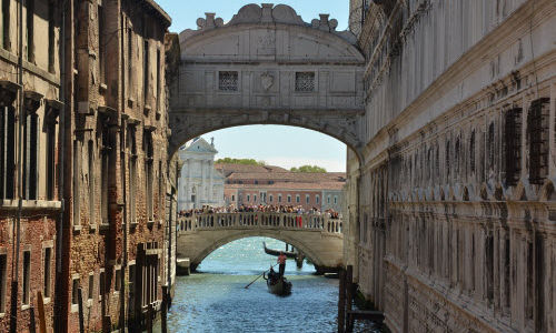 Мост поцелуев: Венеция
