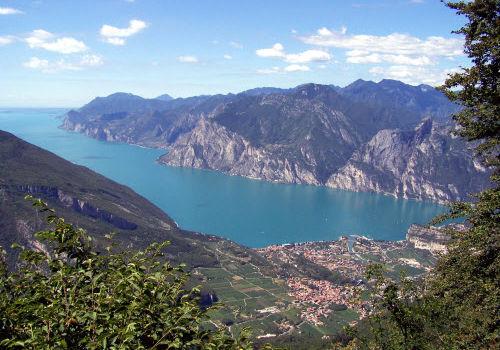 Природные достопримечательности итальянского озера Гарда