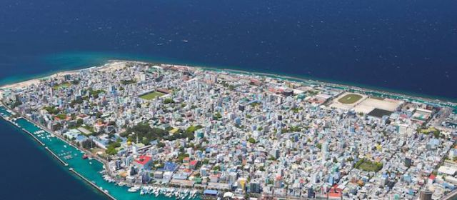 Выиграй путешествие на Мальдивы!