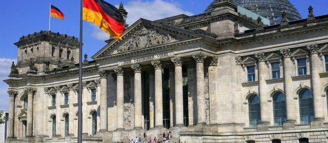Достопримечательности Германии стали принимать криптовалюты