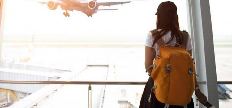 Куда в России летают без багажа?