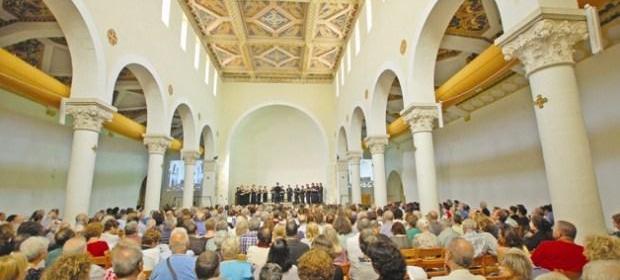 Ночной забег и вокальный фестиваль — осенние турсобытия в Израиле