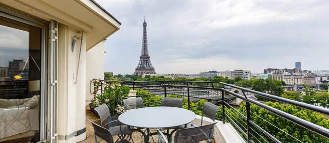 Вице-мэр Парижа хочет запретить аренду жилья в центре