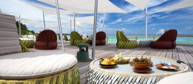 Время релакса в Velassaru Maldives