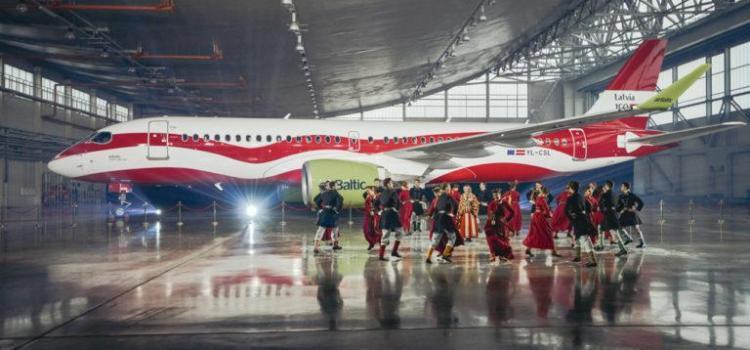 airBaltic перекрасила один из своих самолетов