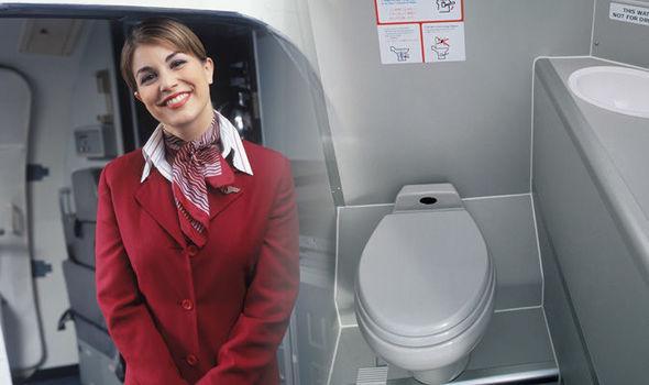 Найден способ попасть в туалет самолёта без очереди