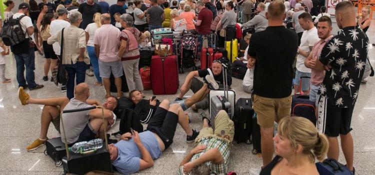 Что делать туристам, «застрявшим» за границей из-за коронавируса