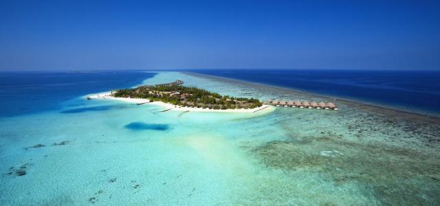 Самая незабываемая йога практика в жизни вместе с Velassaru Maldives