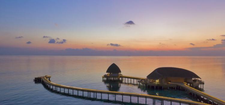 Самый романтичный ужин, который только можно себе представить, в отеле Faarufushi Maldives