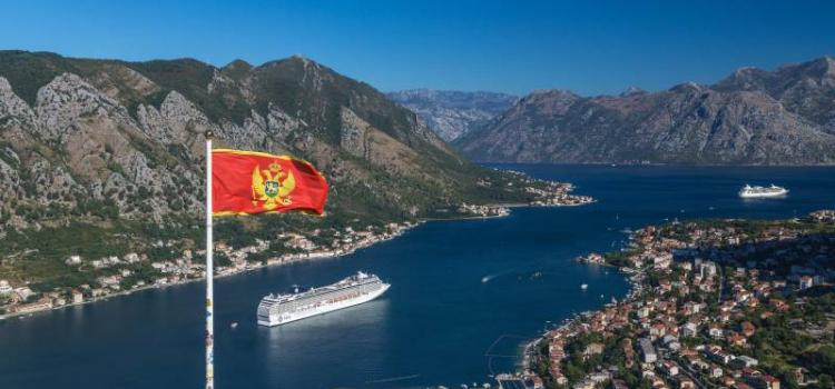 Как сегодня россиянам добраться до Черногории