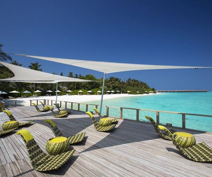 Позволить себе все в отеле Velassaru Maldives