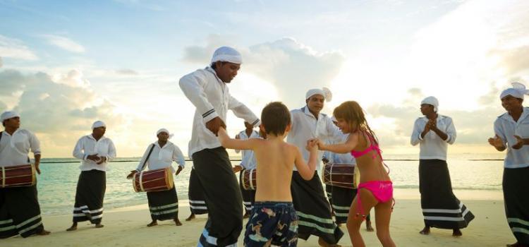 Детская программа в Kurumba Maldives